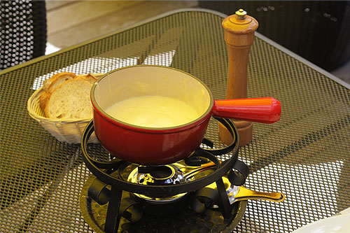 Fondue at Le Perroquet